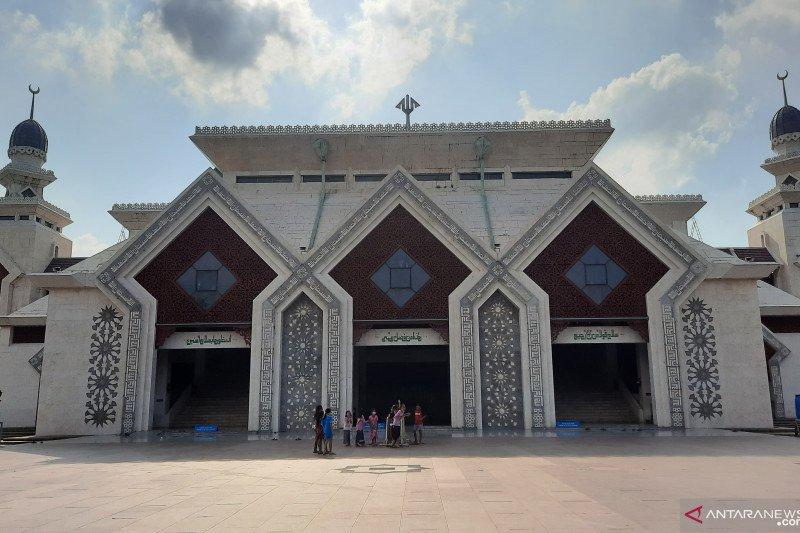Masjid Agung At-Tin tiadakan kegiatan itikaf pada Ramadhan tahun 2021