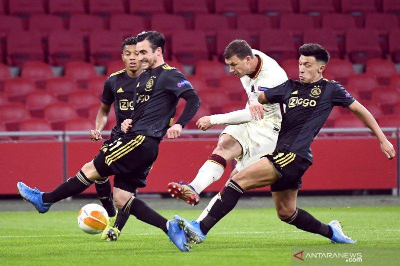 Liga Europa: AS Roma tundukkan AJax 2-1