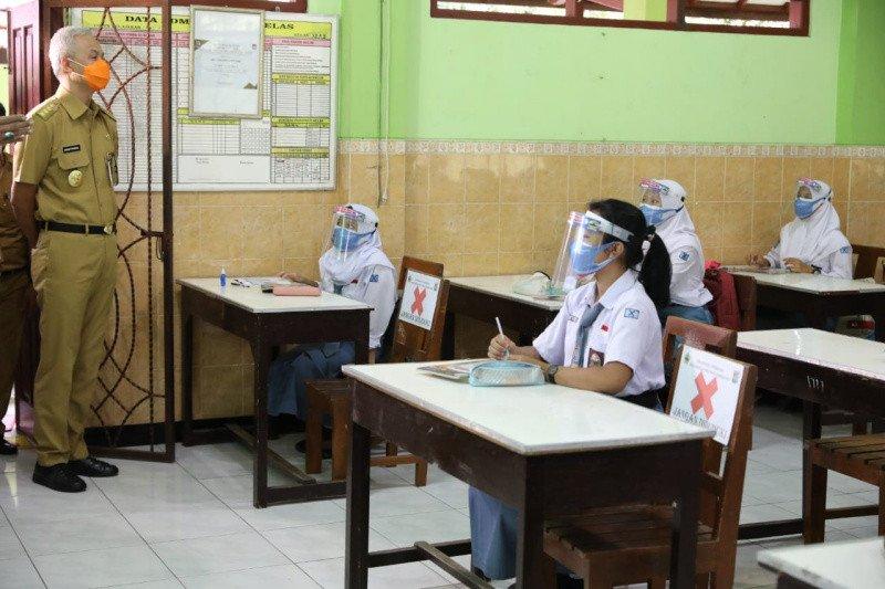 PTM, pengobat rindu berangkat ke sekolah bagi pelajar