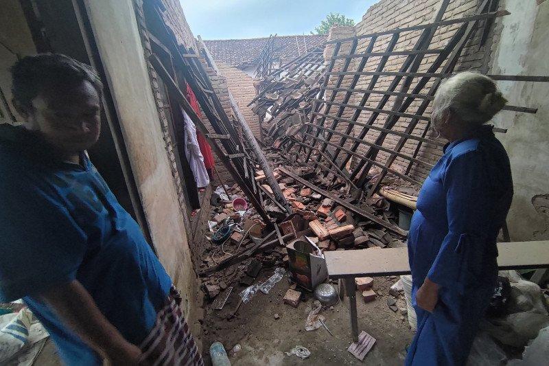 700 Tagana diterjunkan bantu korban gempa Malang