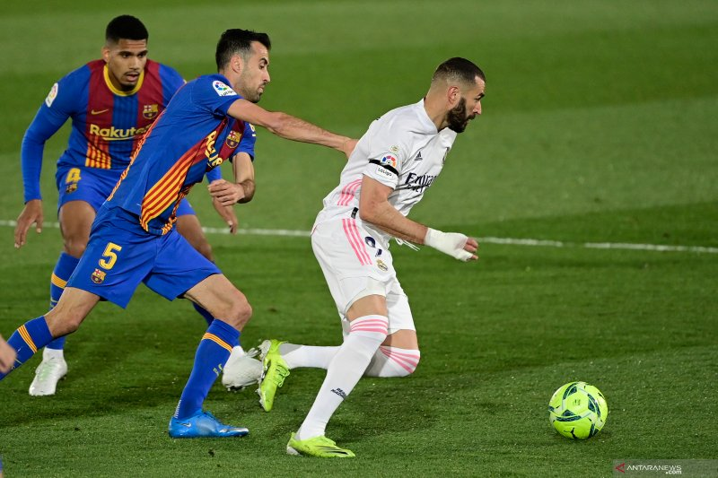 Real Madrid menangkan El Clasico demi rebut puncak klasemen
