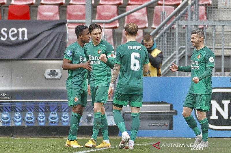 Dua gol bunuh diri warnai kemenangan Feyenoord di markas Utrecht