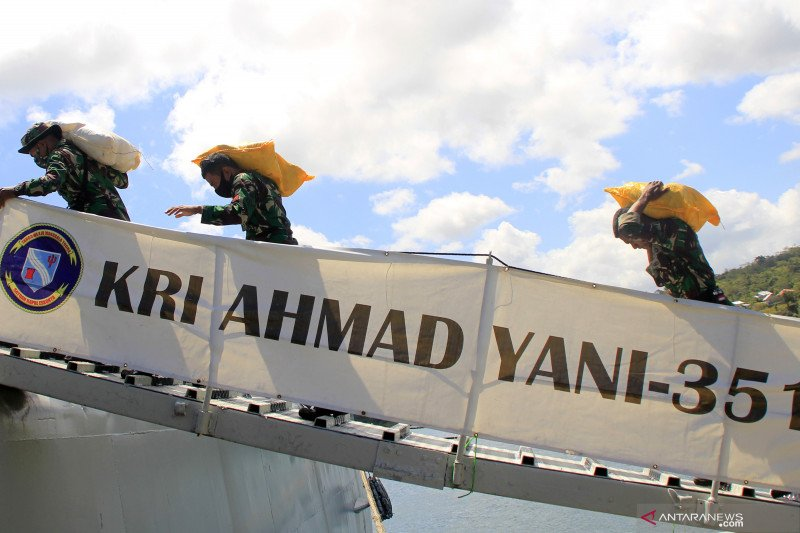 Kemarin, duet Prabowo-Puan hingga TNI kerahkan KRI Ahmad Yani ke NTT