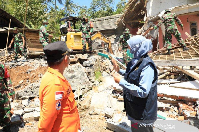 Jumlah korban meninggal akibat gempa di Lumajang bertambah