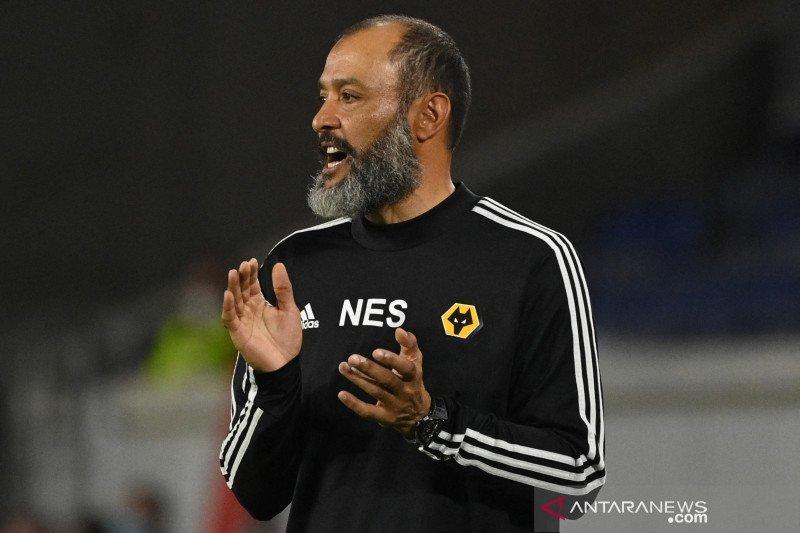 Tottenham pertimbangkan pelatih Wolves untuk gantikan Jose Mourinho