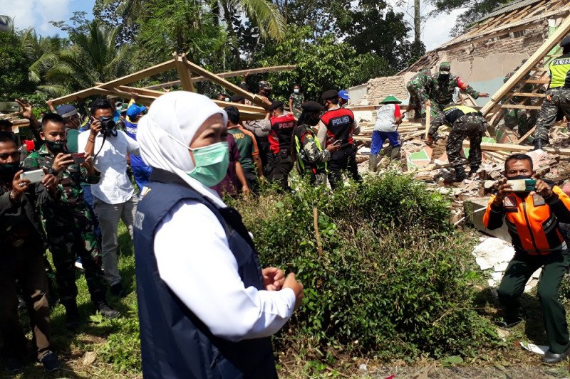 Gubernur Jatim minta warga ikut validasi kerusakan bangunan pascagempa