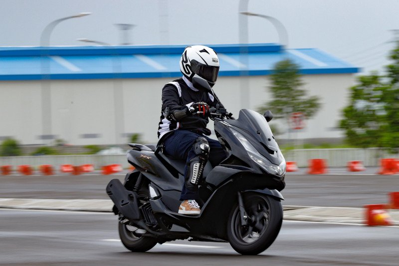 Tujuh tips aman mengendarai sepeda motor saat berpuasa