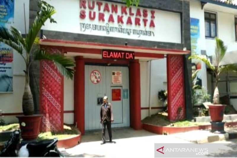 Warga binaan Rutan Surakarta tetap terapkan prokes selama Ramadhan