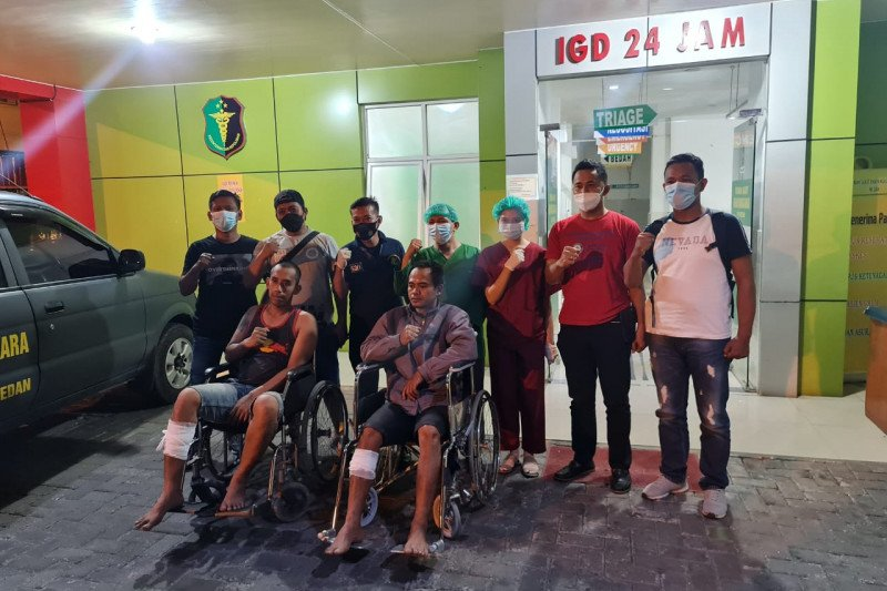 Polisi menembak dua pelaku pencurian sepeda motor di Medan