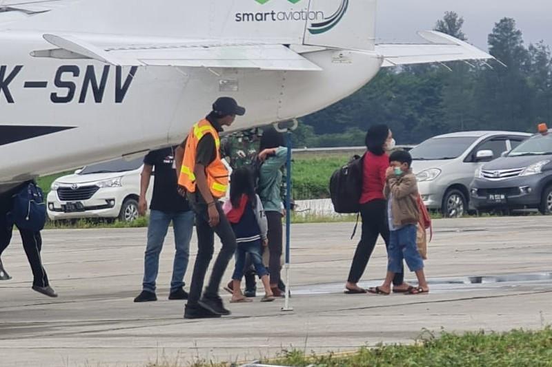 27 Warga Beoga kembali dievakuasi ke Timika