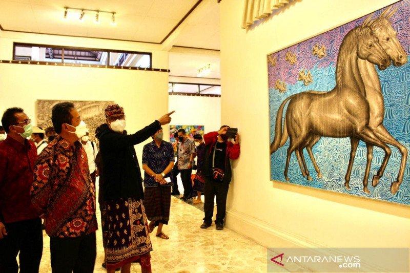 Menteri Kelautan dan Perikanan apresiasi lukisan Prof Kun Adnyana