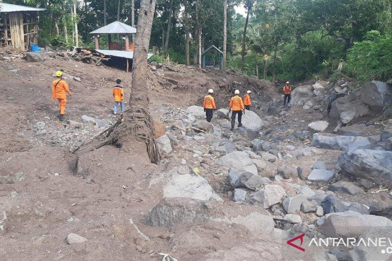 Basarnas Maumere perpanjang pencarian korban banjir bandang di Adonara