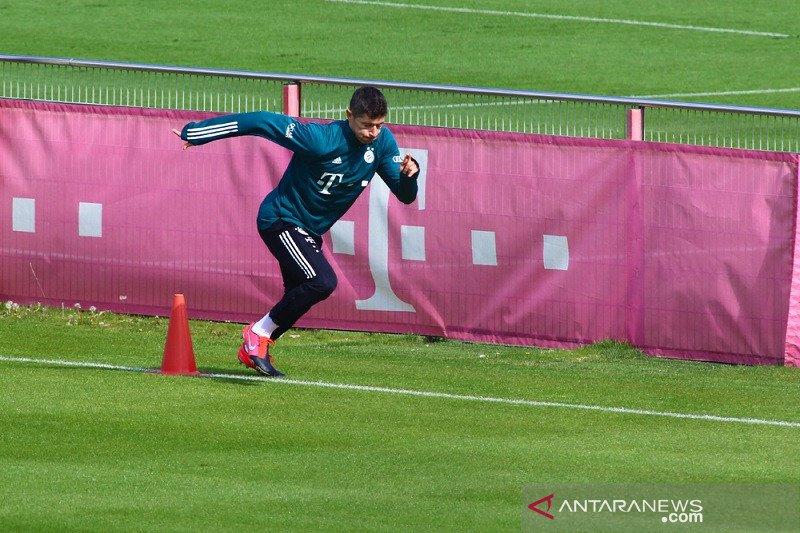 Lewandowski dipastikan tak ikut rombongan Bayern ke Wolfsburg