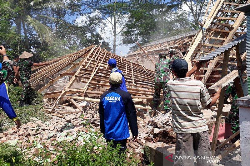 BPBD Kabupaten Blitar taksir kerugian gempa bumi capai Rp6,5 miliar