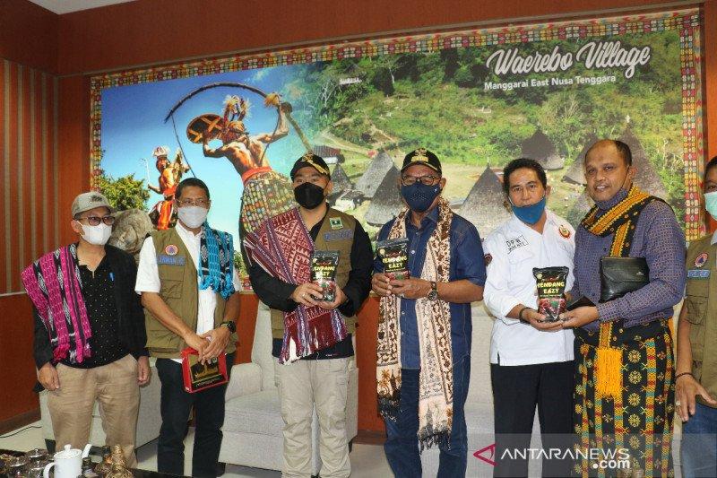 Sumatera Barat kirim rendang 1,5 ton untuk korban bencana alam NTT