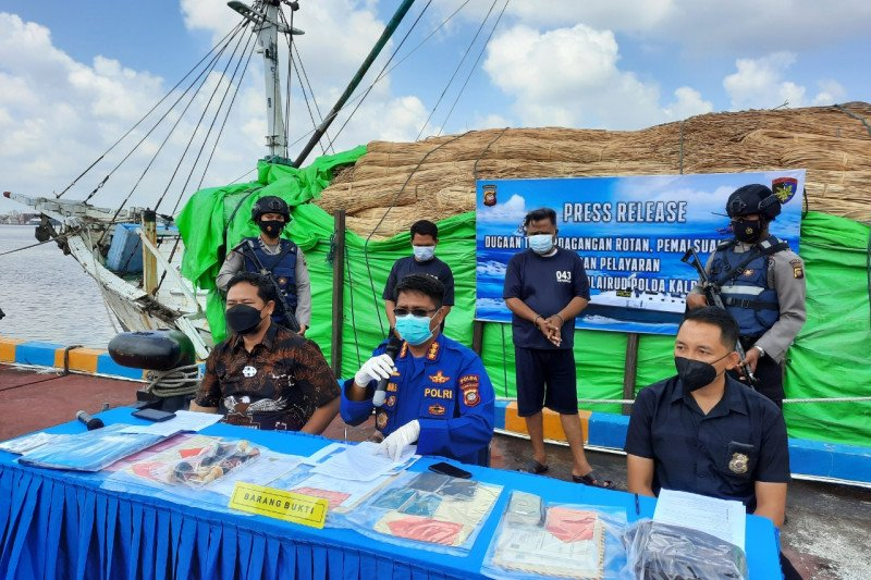 Polairud Polda Kalbar gagalkan penyelundupan 100 ton rotan ke Malaysia