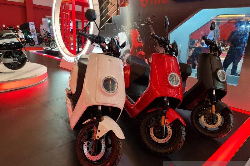 Tiga model skuter listrik NIU hadir di IIMS 2021