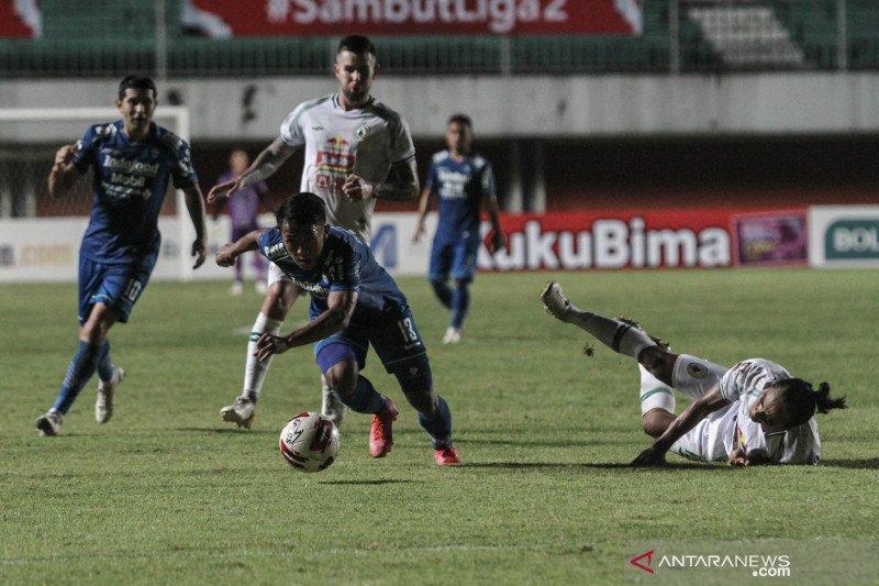 Piala Menpora: Persib Bandung kalahkan PS Sleman 2-1
