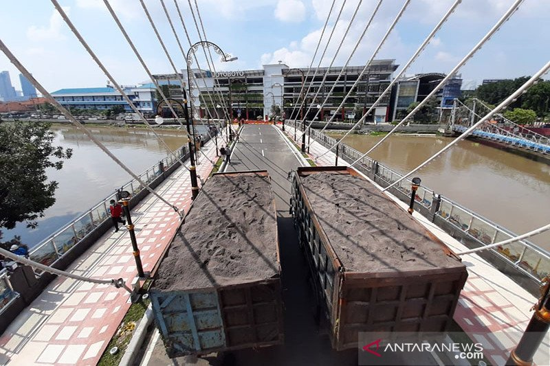 DPRD Surabaya pertanyakan Jembatan Joyoboyo tak kunjung beroperasi