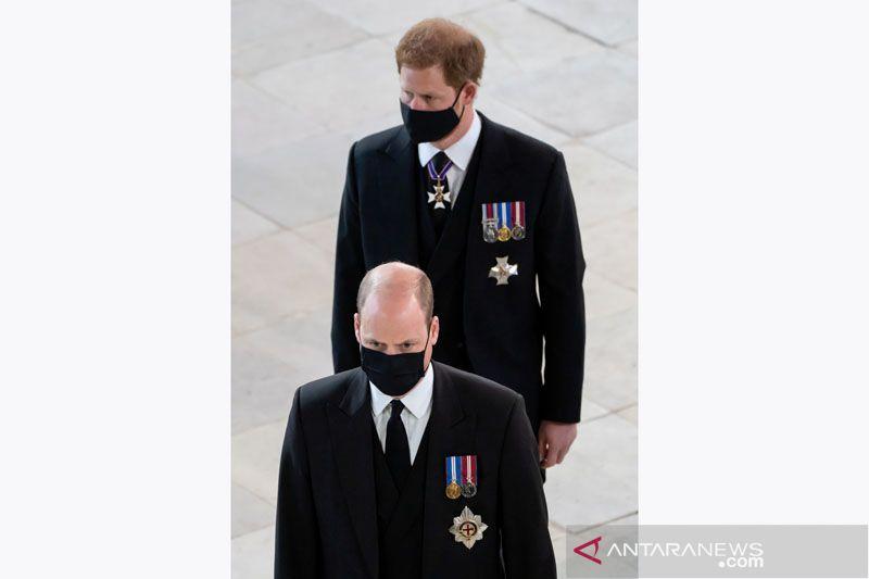 Pemakaman Pangeran Philip, William dan Harry bicara di depan publik