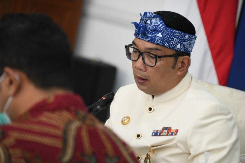 Ridwan Kamil sedih terpisah sementara dengan istri positif COVID-19