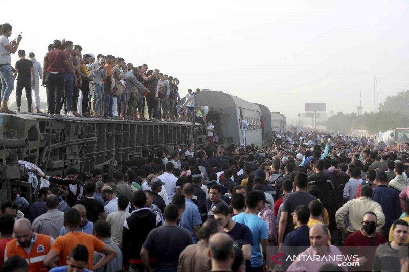 Kereta anjlok di Mesir, 11 orang meninggal dunia