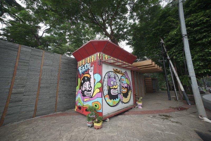 Kios binaan Jakpreneur dihiasi karya seniman mural
