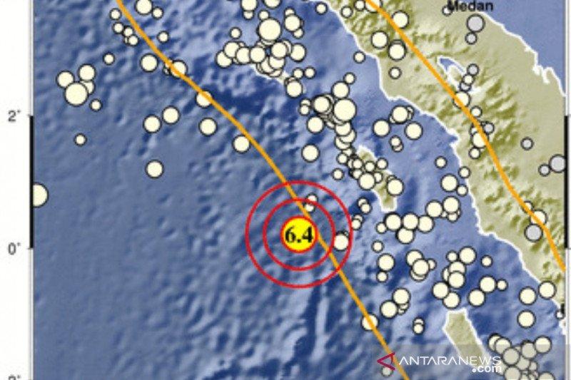Getaran gempa di barat daya Nias dirasakan hingga Padang