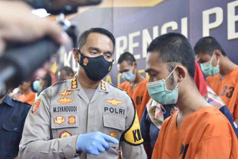 Polresta Cirebon ungkap kasus prostitusi daring modus pijat plus-plus