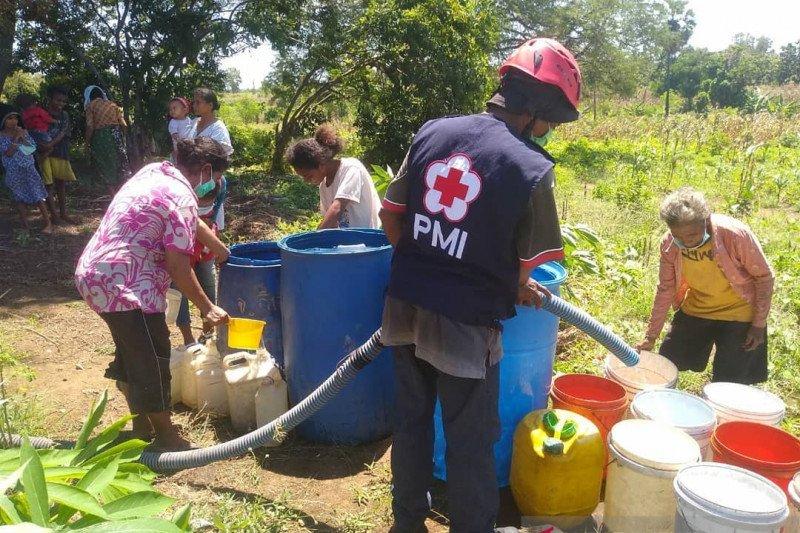 PMI distribusi 533.500 liter air bersih di NTT