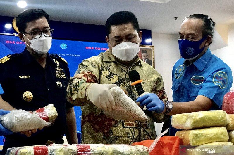 BNN sita 212,39 kg sabu dan 19.700 butir ekstasi jaringan Dumai-Madura