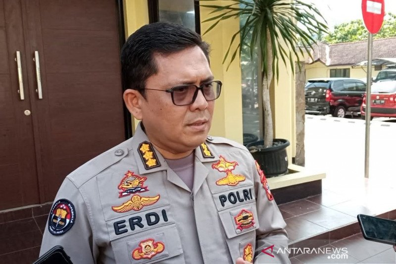 Polda Jabar selidiki kasus dugaan asusila pimpinan ponpes di Indramayu
