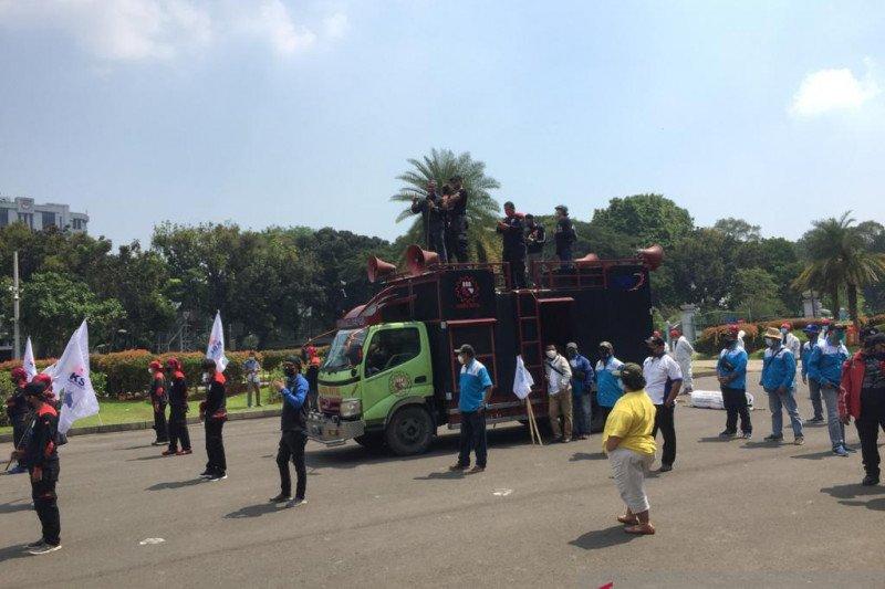 Sidang UUCK, puluhan buruh bergerak menuju Mahkamah Konstitusi