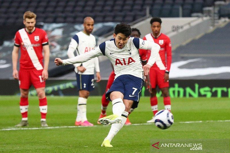 Tottenham bekuk Southampton dalam debut kepelatihan Ryan Mason