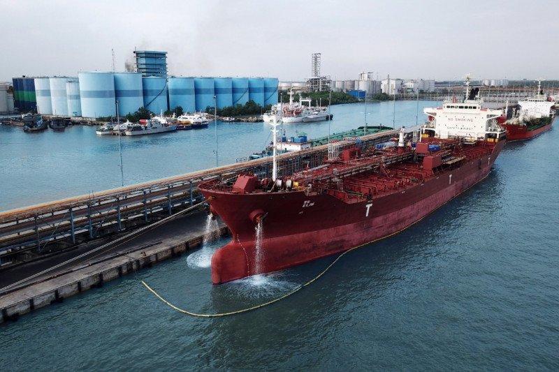Pelindo 1 Dumai ekspor CPO ke Port Klang Malaysia
