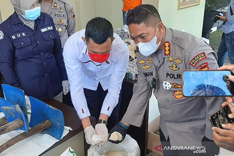 Polisi ungkap kasus pemalsuan gula pasir di Banyumas
