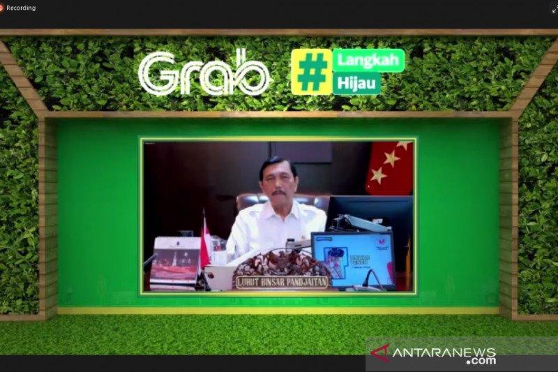 Menteri Luhut dukung program #Langkah Hijau yang diinisiasi Grab