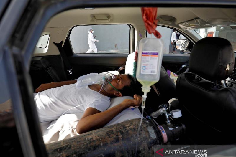 127 WN India eksodus ke Indonesia naik pesawat carter