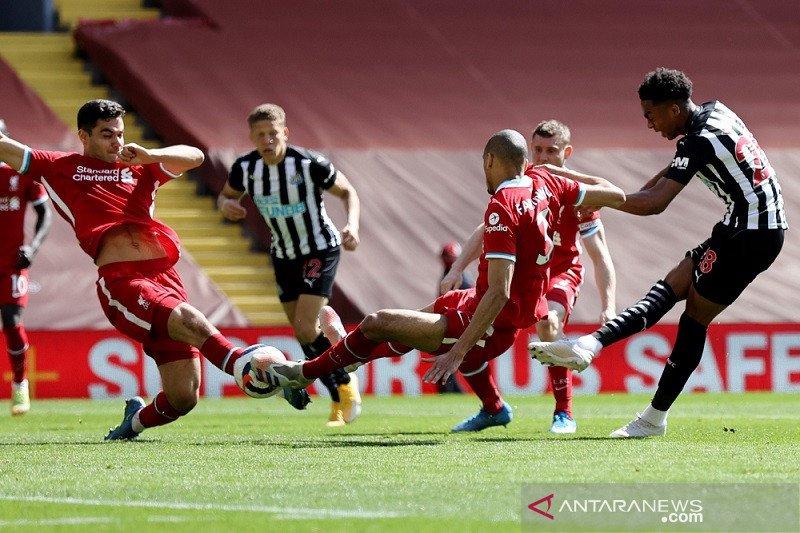 Liverpool kembali gagal jaga keunggulan saat diimbangi Newcastle