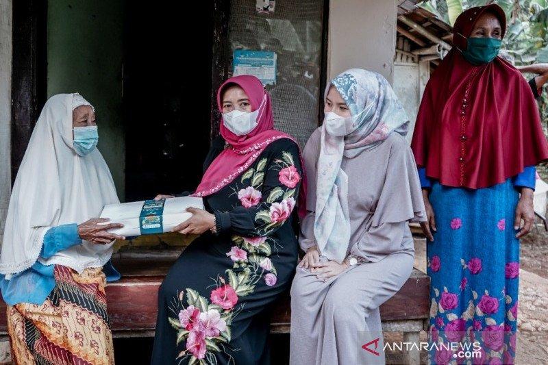 18.803 nasi kotak dibagikan untuk bantu masyarakat di Ciamis