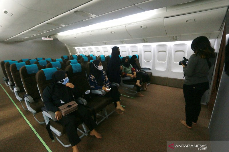 Warga Gorontalo ramai ngabuburit di wisata religi asrama haji