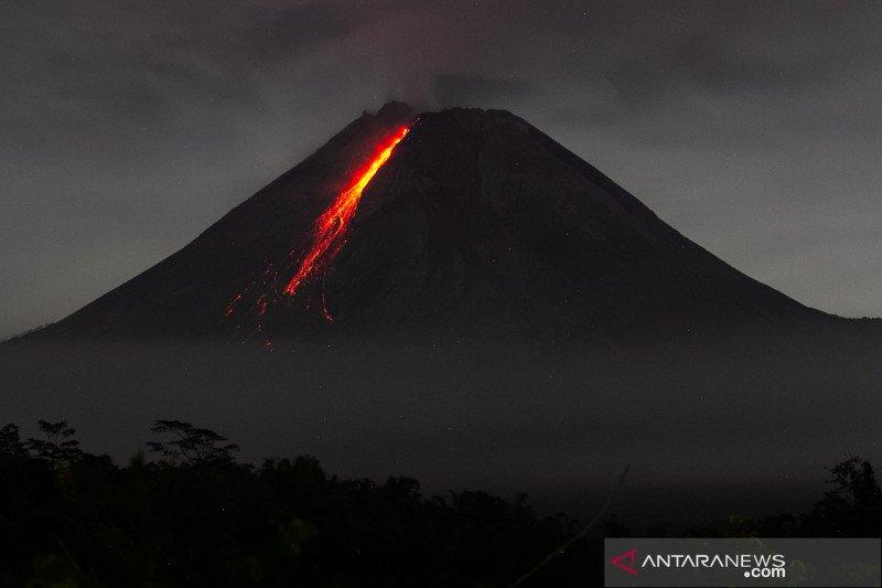 Gunung Merapi mengalami 111 kali gempa guguran