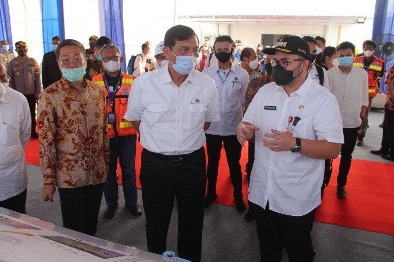 Menteri Luhut pantau perkembangan pembangunan bandara di Kediri