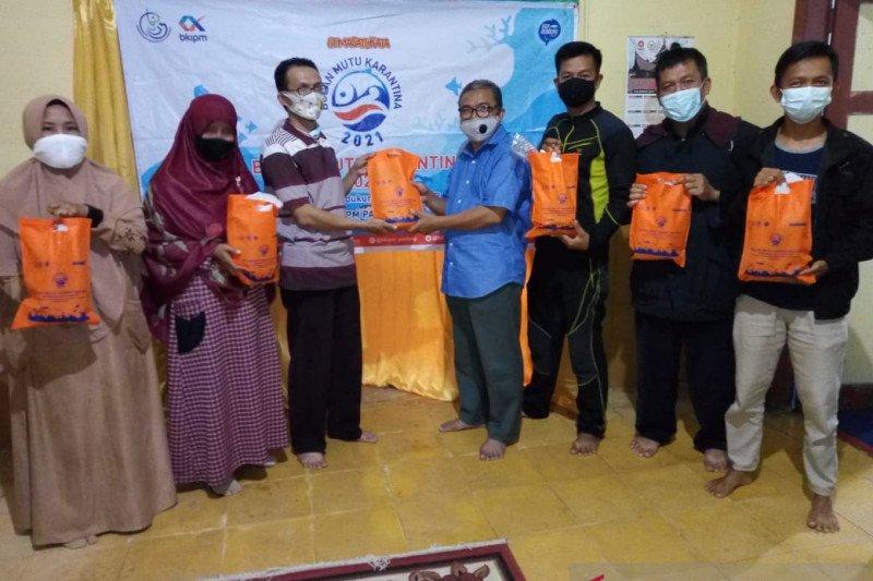Anggota DPR RI bagikan seribu paket ikan tuna untuk masyarakat Sumbar