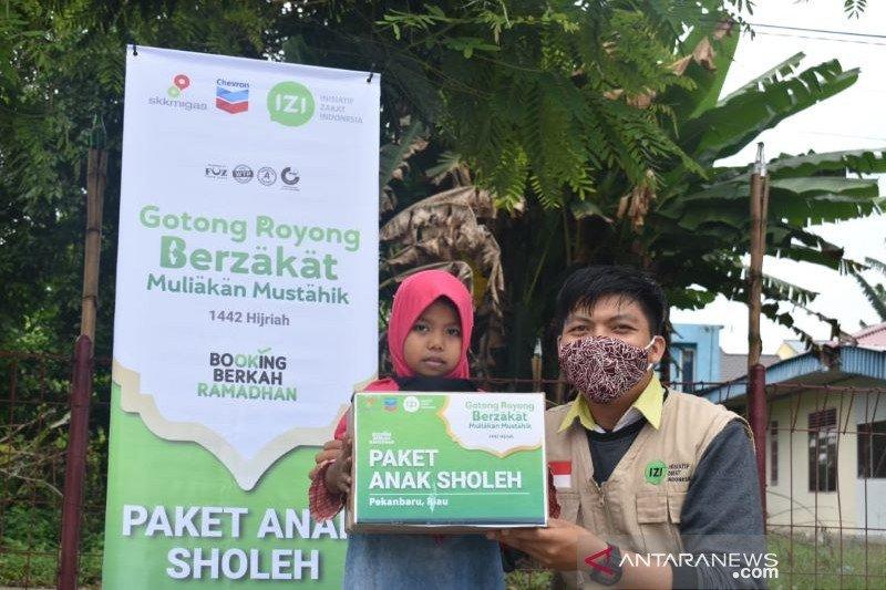 Chevron-Laznas IZI Riau bagikan paket Ramadhan pada anak yatim