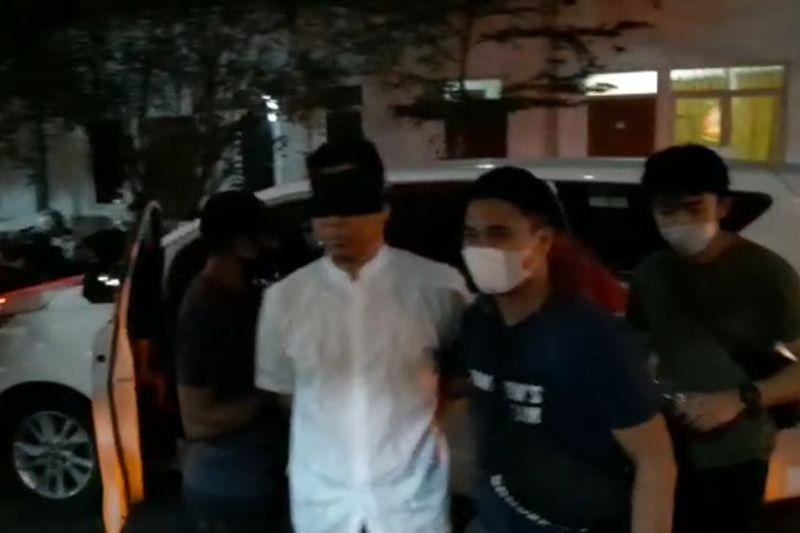 Sepekan, Munarman ditangkap hingga KKB di Papua disebut teroris