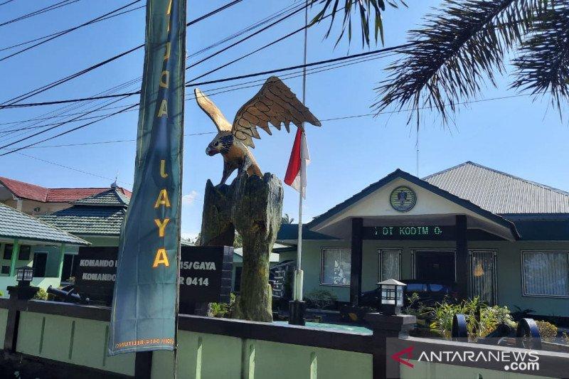 Kodim 0414/Belitung kibarkan bendera setengah tiang