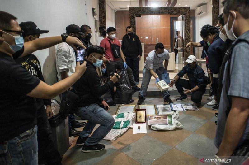 Kemarin, baku tembak KKB hingga Munarman terlibat baiat di tiga lokasi