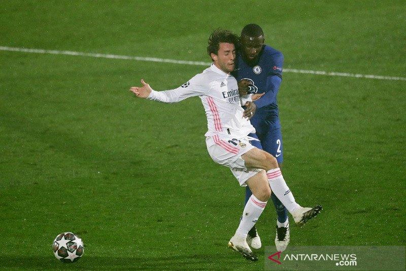 Chelsea petik bekal gol tandang penting seusai bermain imbang dengan Real Madrid 1-1