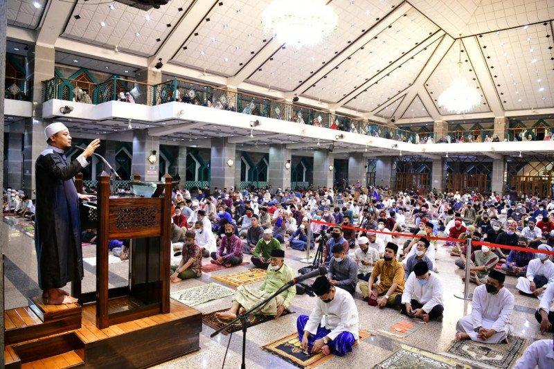 Imam Besar Al Markaz: Jadikan Al Quran pedoman hidup